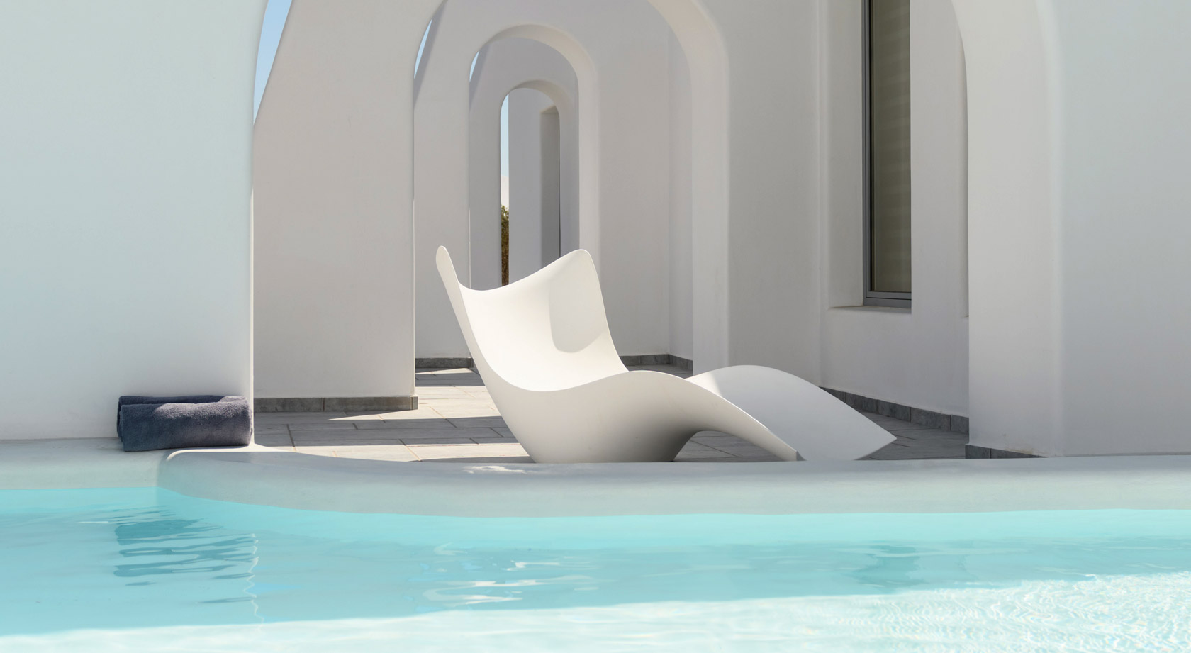Antoperla Luxury Hotel & Spa in Santorini Greece